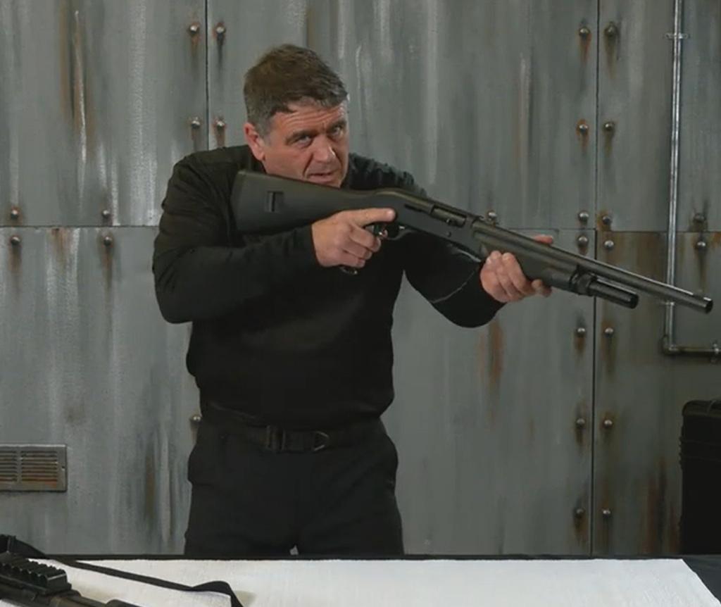 TacticalPistol-TacticalShotgun_01